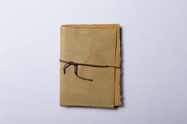 BOOK ARTIST-DENTRO ME '08