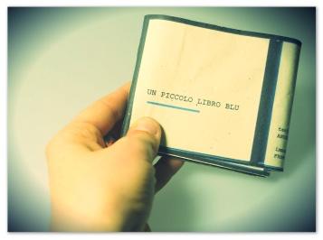 un piccolo libro blu cover 3
